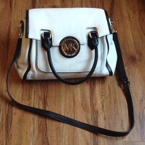 Michael Kors MK shoulder handbag cross body purse